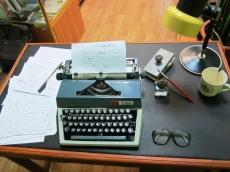 Рабочий стол В.И. Белова